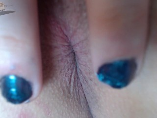 Extreme anus closeup trying new anal plug...