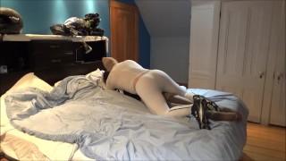 色情性 - 白色氨纶Vs骨架