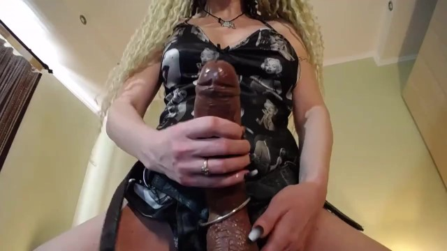 Strapon stories sex - Strapon slut trained how to suck prerecorded cam session