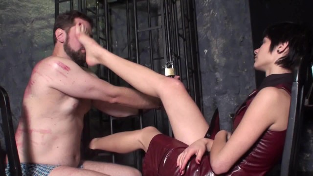 Lick their boov Foot girls order slaves to lick their feet