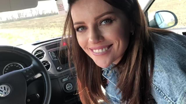 She has cum fetish - She loves to suck dick in the car and eat cum