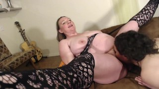 New Midwife Girlfriend Eating Wifes' Hairy Pregnant Pussy