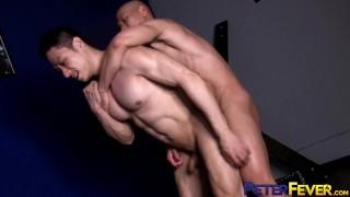 PETERFEVER Asian Hunk Duncan Ku Barebacked After Eating Ass