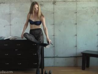 Modeling My Vintage Pantyhose - Star Nine Pantyhose Tease FULL VIDEO