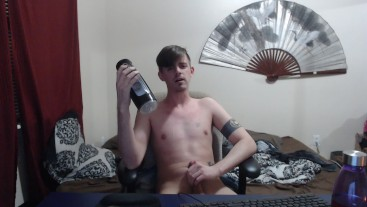 Twink enjoying his fleshlight with some super intense moaning!