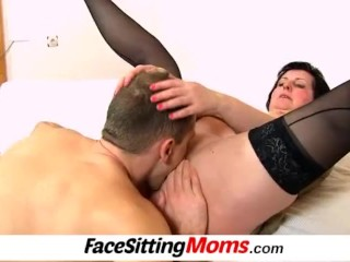 Licking 50 years old pussy featuring stockings lady Tanya