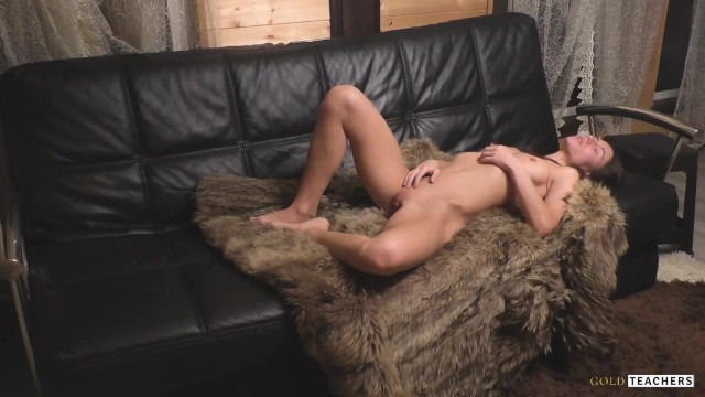 Venus nude - Venus in furs. mistress orders the employee to lick her pussy and fuck her.