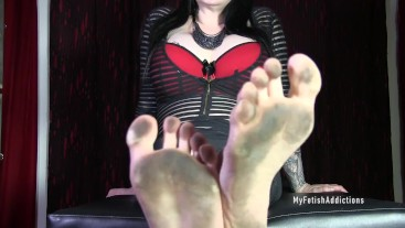 Dirty Foot Findom Executrix