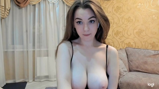 Natural busty coeds - Busty perfect cute girl - big natural pale tits vaya tetas