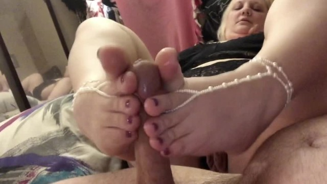 Anne dick jewelry Hot and sexy foot job with barefoot sandals and cute toes