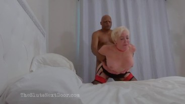 Mature white Slut get 3 BBC to fuck her senseless