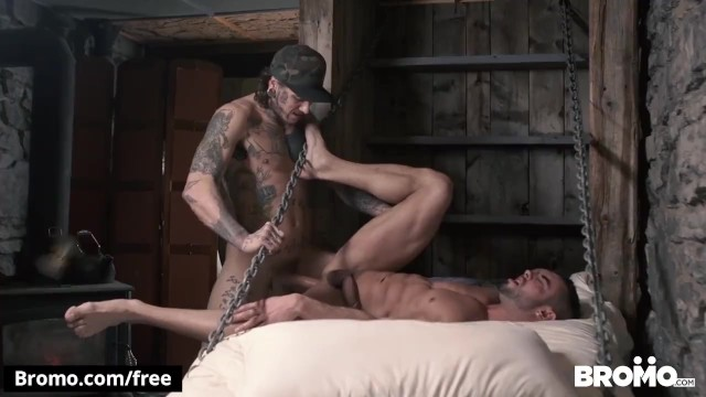 Muscle gay photos nu Bromo - fit snowboarder takes big dick bareback