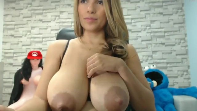 Sucking milky tit Big breasted lactating latina babe squirts milk and sucks own boobs