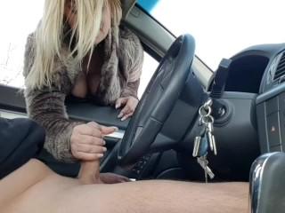 Public handjob-Stranger fingering my dick in the car in public parking
