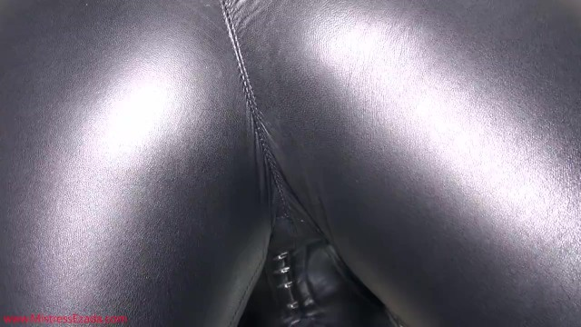 The feel of soft vagina hair Can you feel it through this soft leather