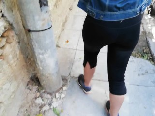 i Me Wife – Show my tits in public