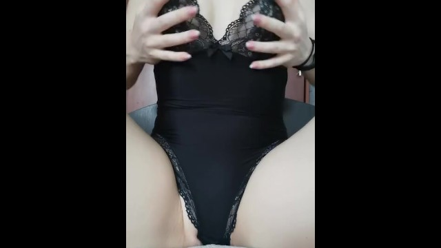 Ks xxx - Masturbation. solo. wet pussy. coronovirus. we are sitting at home. quarant