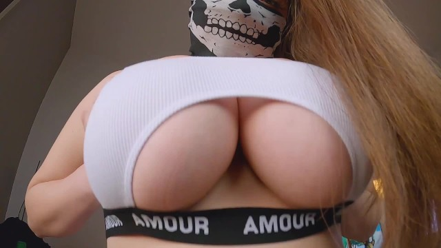 Seattle asian sports club Huge tits bouncing in sports bra