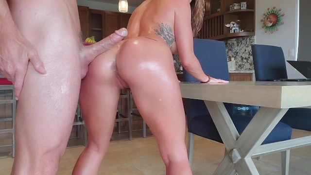 SinsLife- Oiled Her Up and Gave Her Multiple Shaking Orgasms!