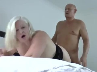 LACEYSTARR – The Boss Is Cumming
