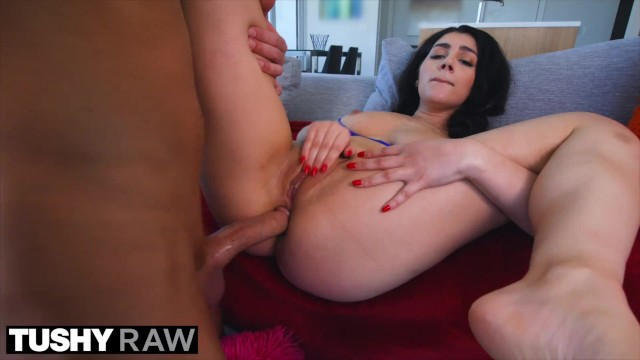 Wide ass anals - Tushyraw valentina opens her ass wide for hard cock