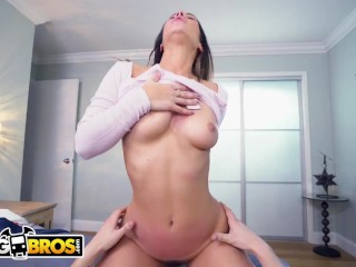 BANGBROS - Petite PAWG Eva Lovia Looking Damn Good In POV
