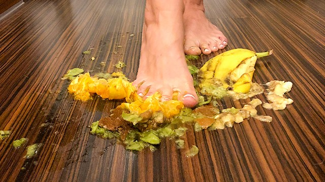 What is food sex - My first food crush. rate my foot and food fetish