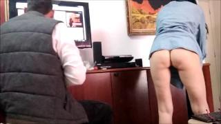 Real wife seduce technician flashing ass - voyeur amateur milf
