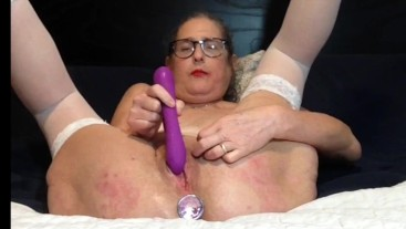 Mature Milf Enjoys Playing With Her Toys Cums With A Big Squirt stepmom