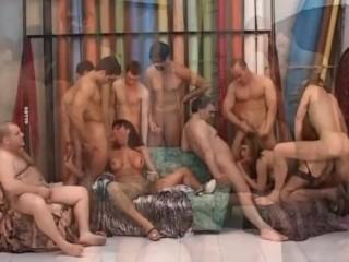 Gang bang splendida con trans italiani. Dialoghi ita
