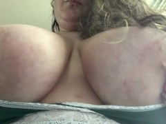 Huge J Cup Titties in a Sexy Green Nighty