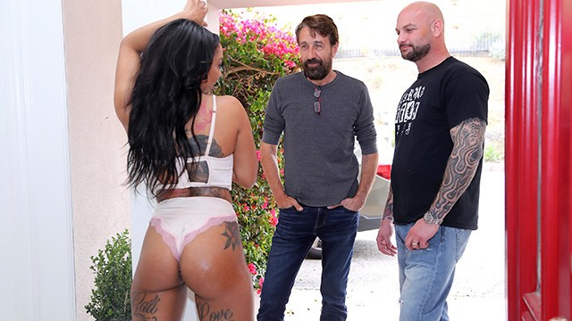 Cali Caliente Is Always Wanted To Know What White Dick Is Like