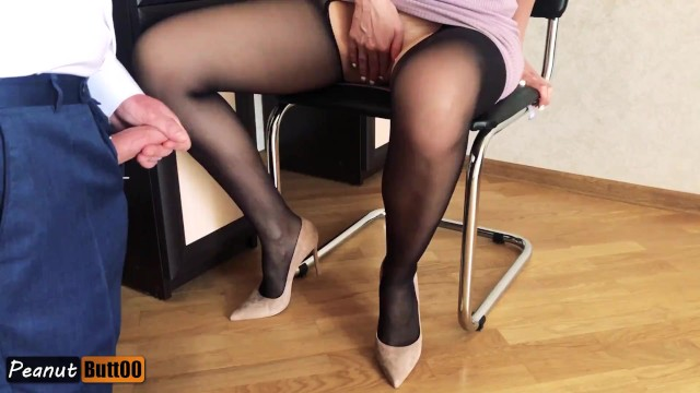 Nylons and high heel porn - Business lady mutual masturbation cumshot on nylon legs in high heels