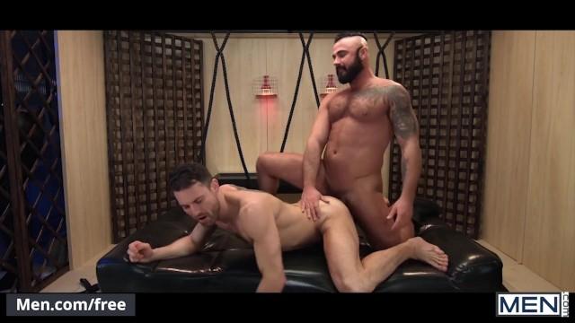 Gay muscualr men having sex porn - Mencom - cute straight guy masturbates watching rough gay porn