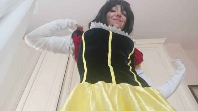Biancaneve e i sette porn nani - The beautiful snow white is not as i remembered