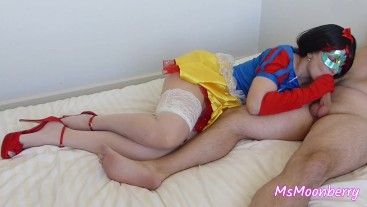 Snow White sucks dick and gets fucked hard ♥ Cumshot on shaved pussy
