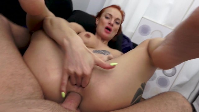 Cums on mom Redhead mom gets ass fucked and cum in pussy