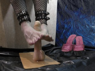 4K Creamy footjob Cheeky femboy ( foot fetish trap massage )