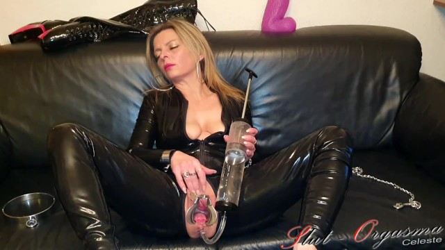 Enema sex dirls Slave slut-orgasma celeste latex enema speculum orgasm