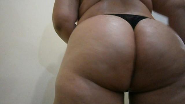 Fat ass brazil Bbw latina goddess dancing samba with her big ass