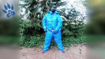 Pawing off outdors in new puffa suit