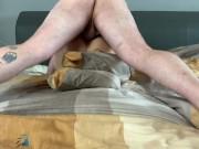 persönliche Assistentin in Strümpfen benutzt - Muschi voll Sperma gepumpt
