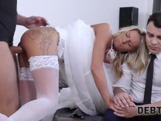 DEBT4k. Wife used to spend a lot of money so why fucks for money
