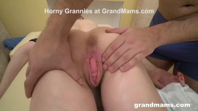 Grannies lick young dick - Masseurs first client is a granny with a weird pussy