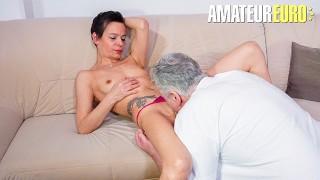 Hausfrau Ficken - Skinny Short Hair Mature Mom Fucks Neighbour AmateurEuro