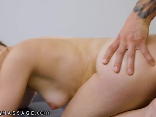 NuruMassage Teen Is Faking Being A Masseuse For A Hot Client