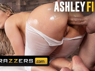 Brazzers – Thicc Ashley fires get ass fucked through yoga pants