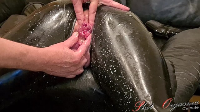 Gothic sex slaves - Slave slut-orgasma celeste in black latex stretched holes, enema and orgasm