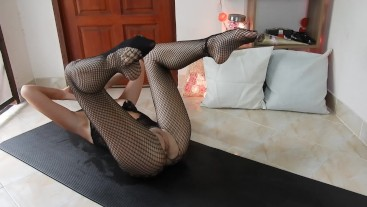 Super Sweaty In Crotchless Fishnets