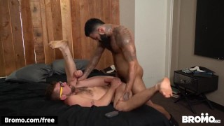 BROMO - Hipster botten gets pounded by hunk Jay Austin and Rikk York